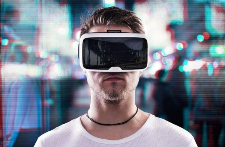korzystanie z gogli VR