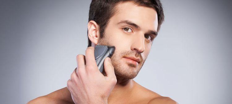 golenie się golarką elektryczną