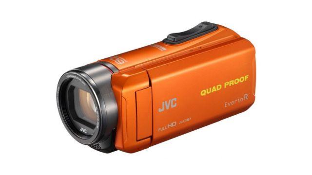 Kamera JVC GZ-R435 poradzi sobie nawet na dużym mrozie