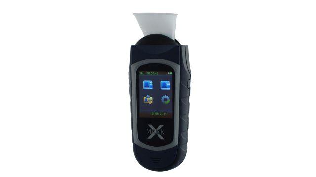 C4 Development Alcovisor Mark X+ oferuje tryb dokładny i skrócony pomiar
