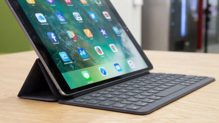 tablet z klawiaturą bluetooth