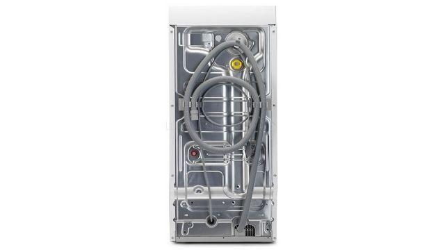 Pralka Zanussi ZWQ61226WI2 dba o czystość i przeciwdziała rozwojowi pleśni