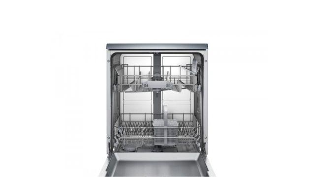 Bosch SMS25AI02E jest pojemną i wydajną zmywarką