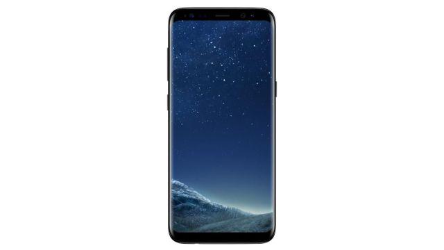 Samsung Galaxy S8 posiada dwa aparaty: przedni 8 Mpix i tylni 12 Mpix