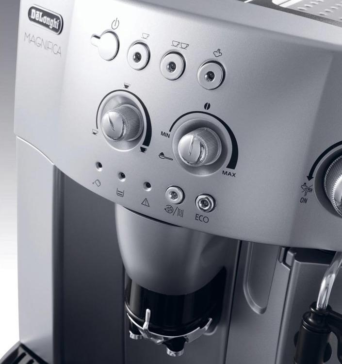 DeLonghi ESAM 4200.S design