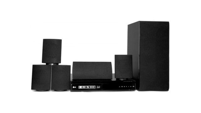 Kino domowe LG LHB625 zapewnia doskonały dźwięk przestrzenny