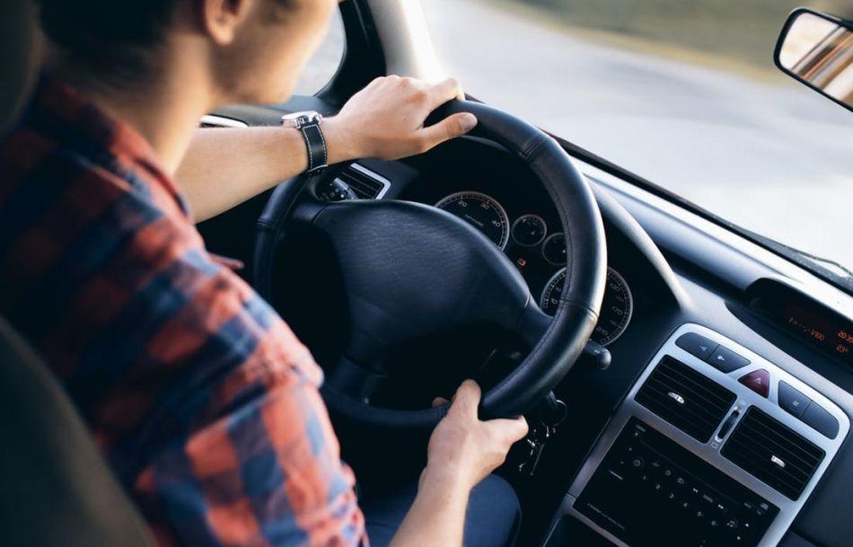 proste radio samochodowe