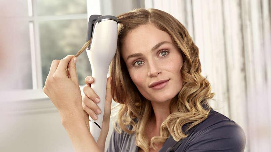 kręcenie włosów za pomocą Philips BHB878 00