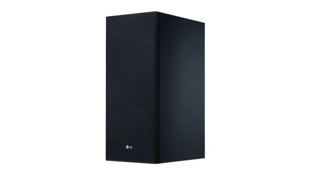 LG SK6F dobrze adaptuje dźwięk do programu w tym brzmienie basu z subwoofera