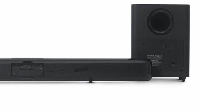 Podłącz soundbar Harman Kardon SB30 kablem HDMI i ciesz się czystym dźwiękiem