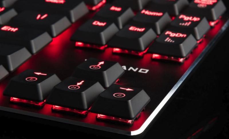 MODECOM VOLCANO BLADE RED to sprzęt przeznaczony dla graczy