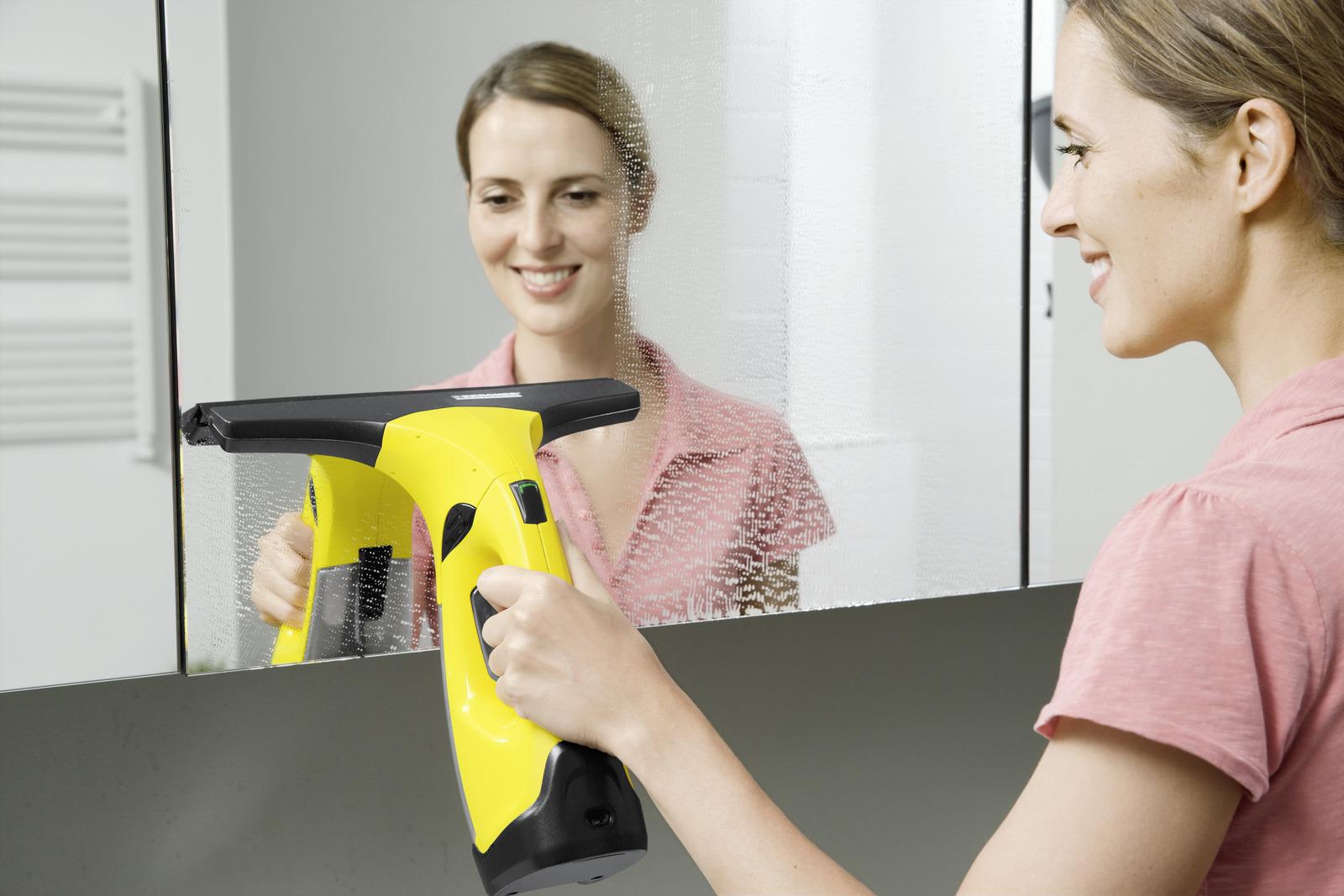 mycie lustra myjką Karcher WV 2 Premium 1.633-430.0