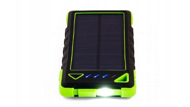 Sunen PowerNeed 8000mAh Zielony (S8000G) z baterią solarną