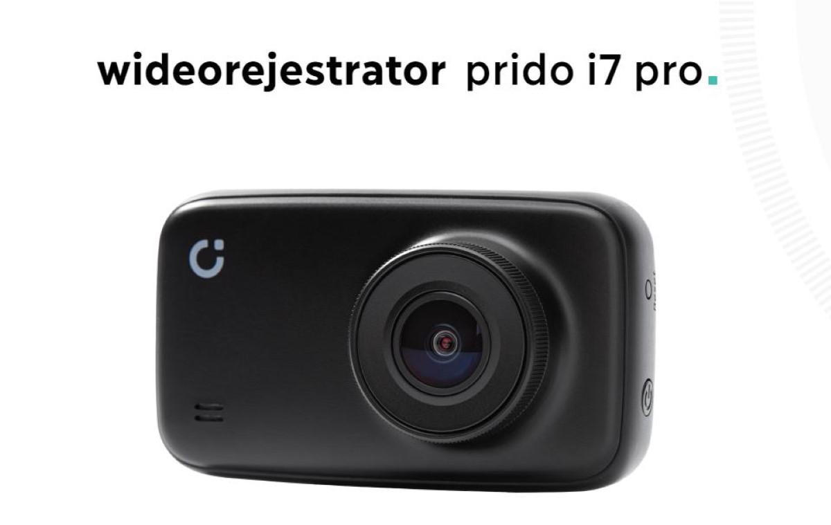Wideorejestrator Prido i7 Pro na białym tle