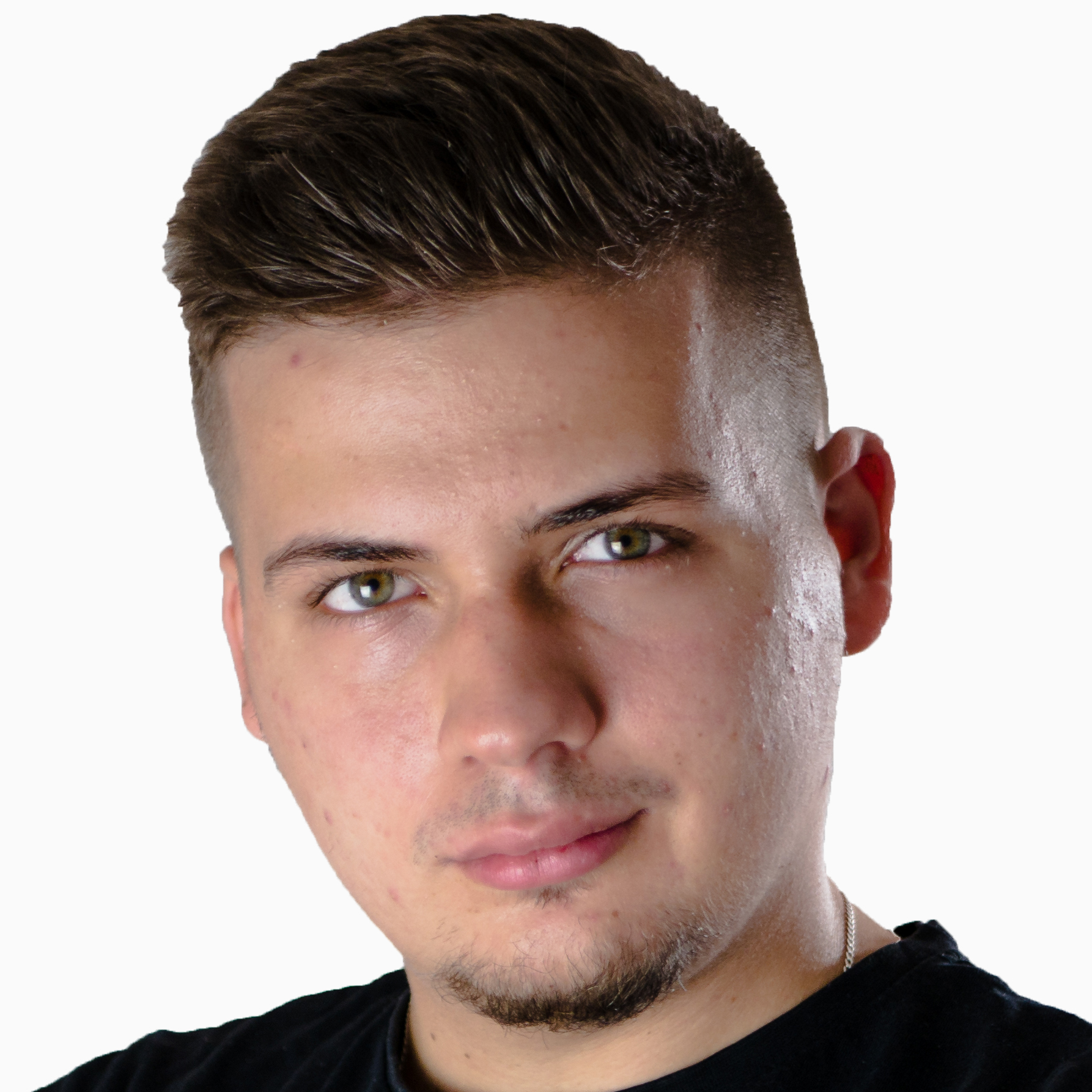 Damian Kowalik - redaktor