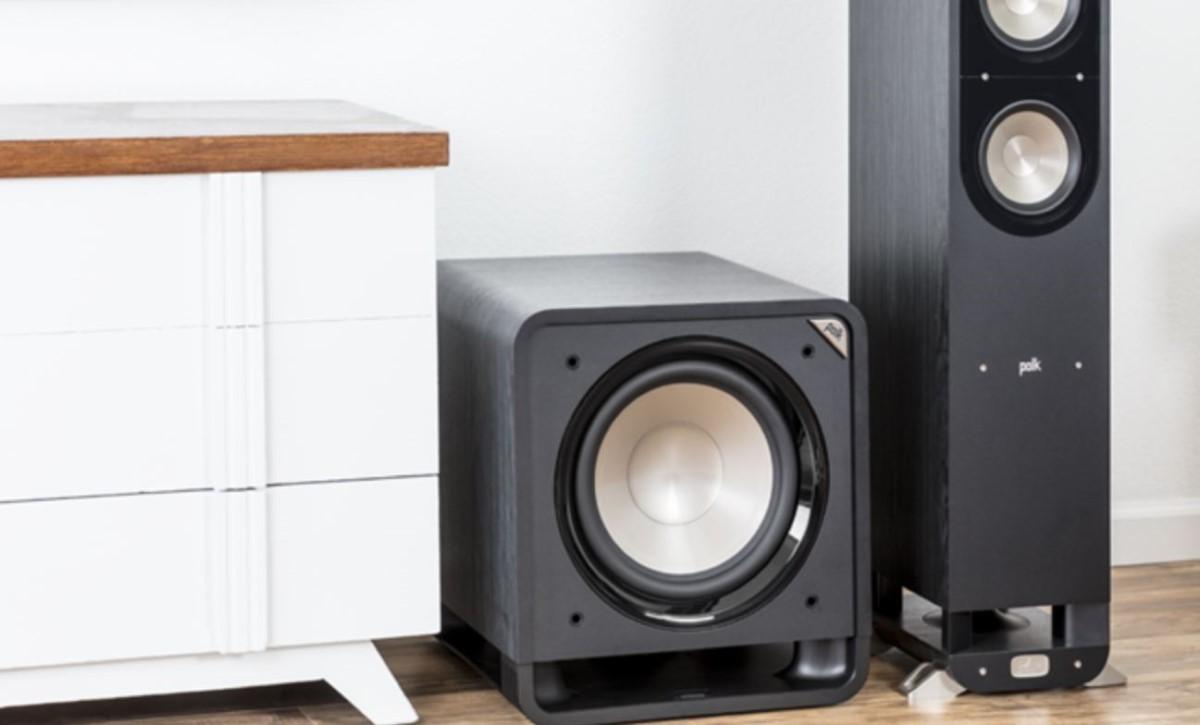 Polk Audio HTS SUB12 w salonie