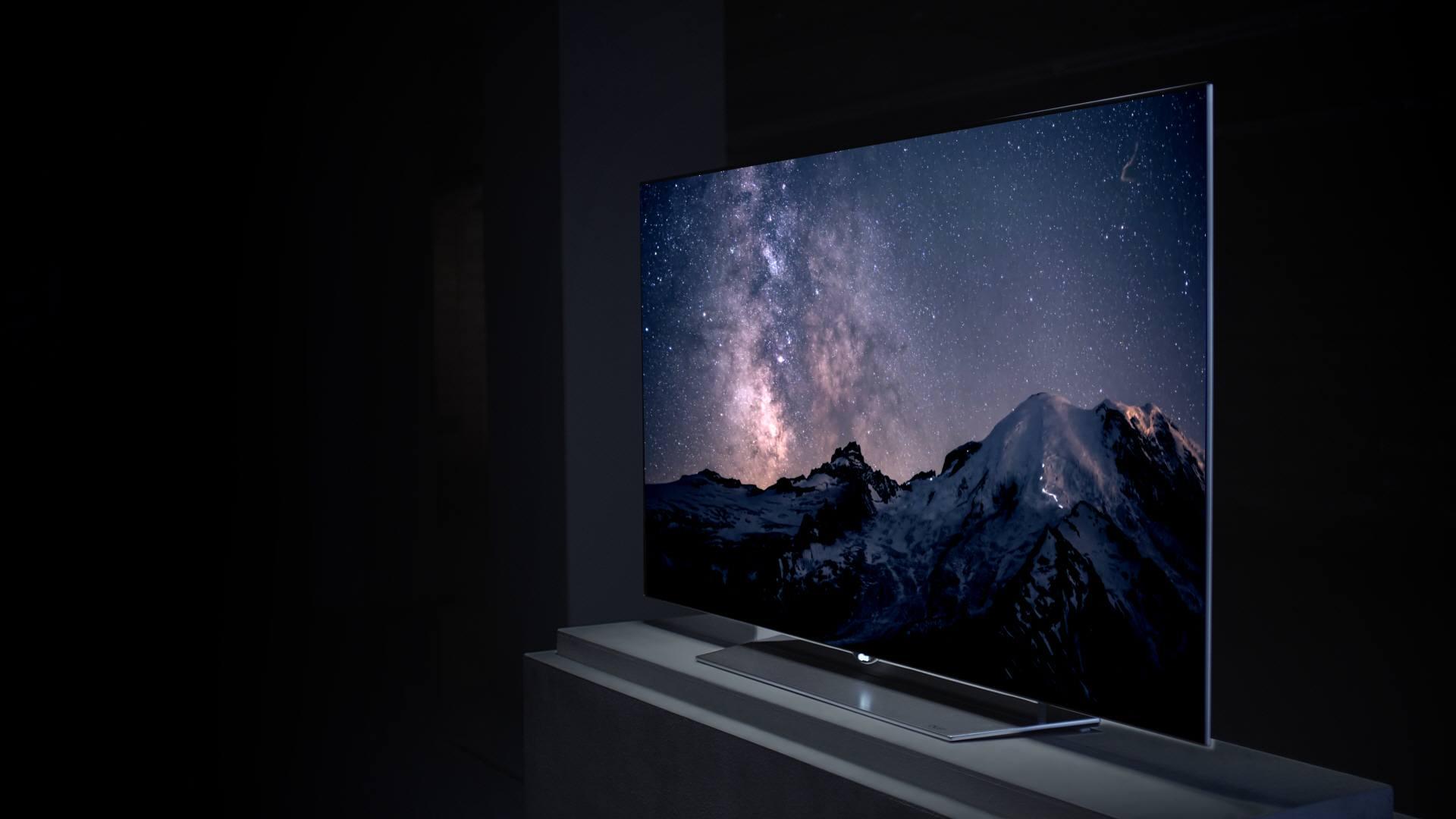 Telewizory QLED wtopione w ścianę - nowa seria Samsunga