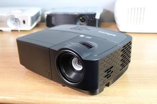 Test projektora Infocus SP1080 1